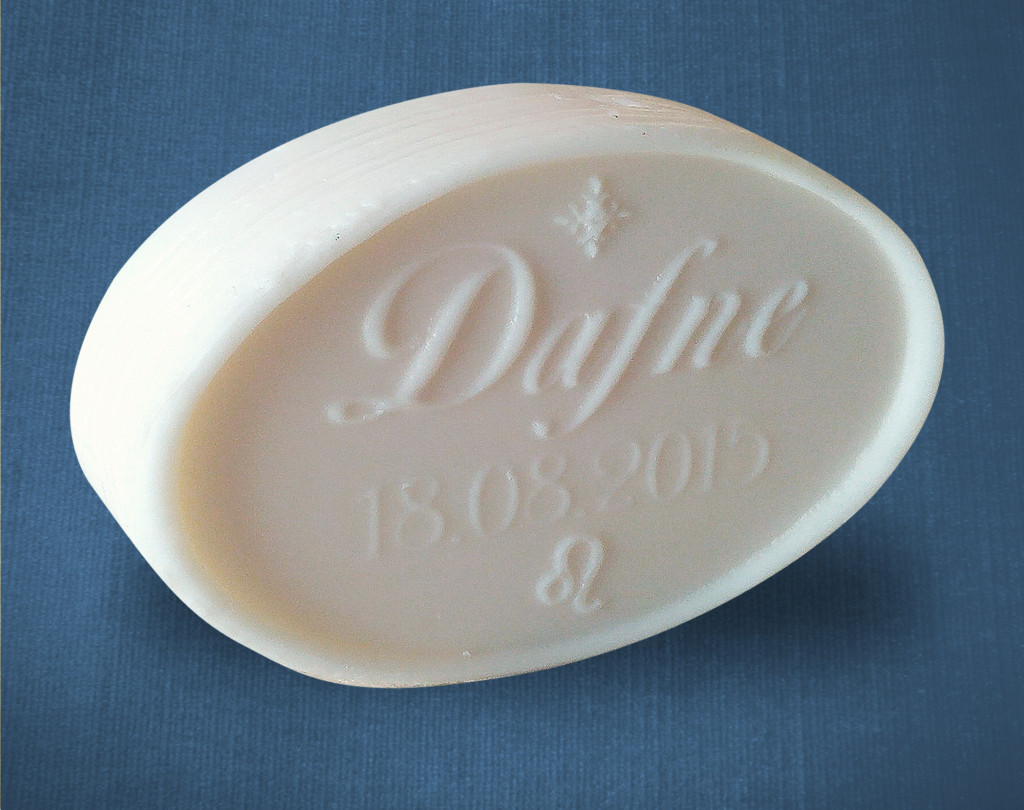 sapone ovale con scritta personalizzata