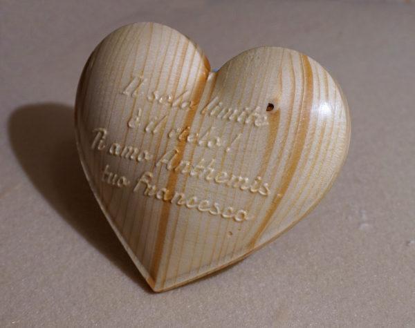 Cuore in legno personalizzato