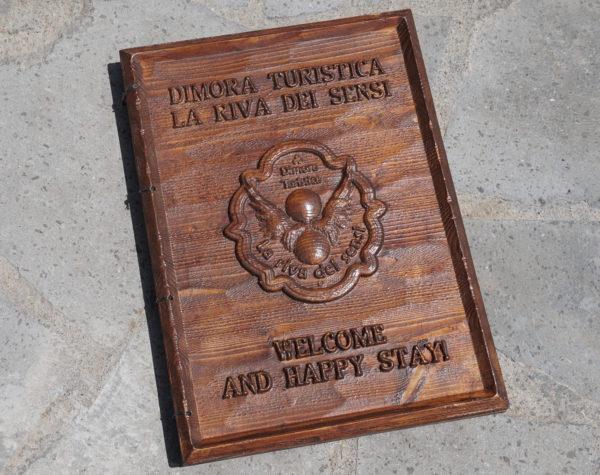 Menu personalizzato in legno per ristoranti