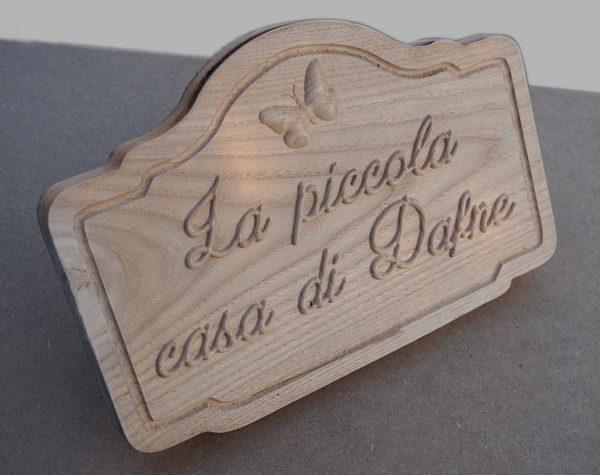Targa/insegna in legno personalizzata 3d