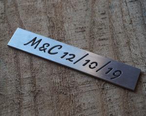 stencil scritta bucata in alluminio personalizzato
